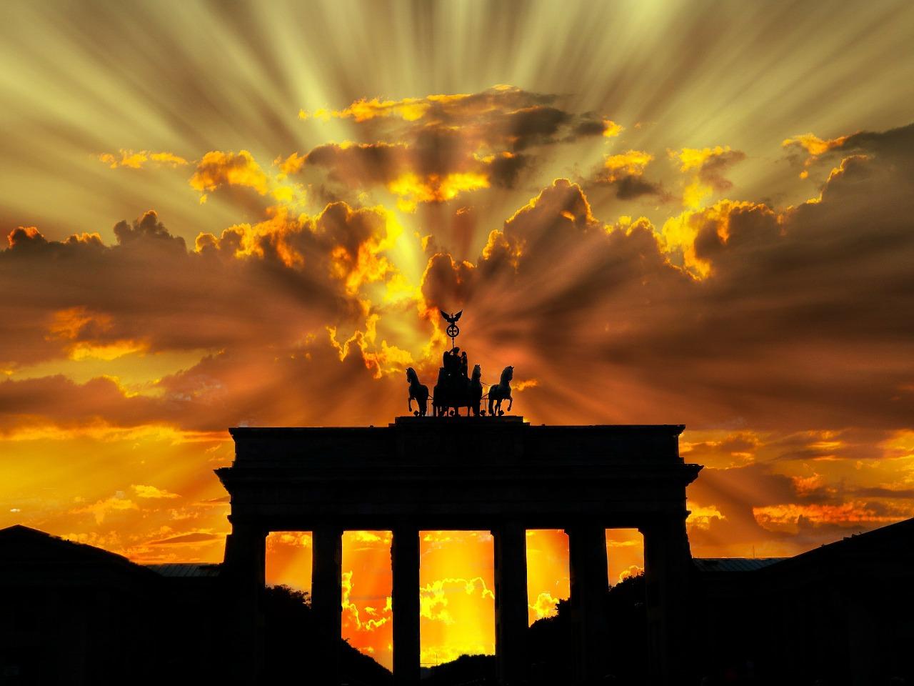 Travel Favourites | Top Travel & Tourism Destinations